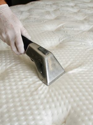 mattress_cleaning_2